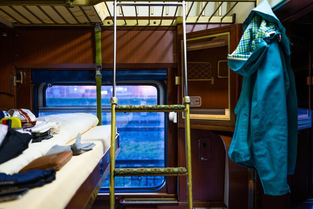 Bed in slaaptrein (Train Lodge)